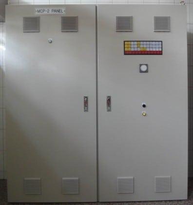 控制盤12面板