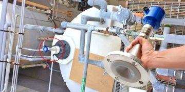 LR20發泡廢水槽液位傳感器1